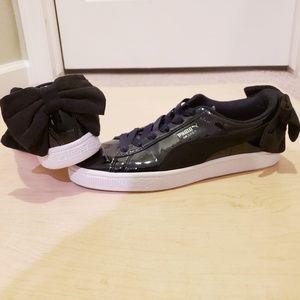 Puma Basket Suede Bow Sneakers Sz 8
